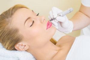 permanent makeup technique lips